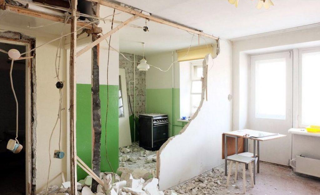 Если при обследовании квартиры при перепланировке будут выявлены нарушения, МЖИ вынесет предписание