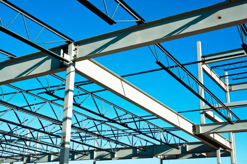 Усиление конструкций необходимо как при новом строительстве, так и при реконструкции, перепланировке, капитальном ремонте