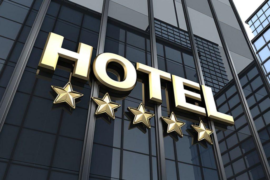 Самым наглядным итогом классификации является возможность гостиницы указывать количество звезд на вывеске