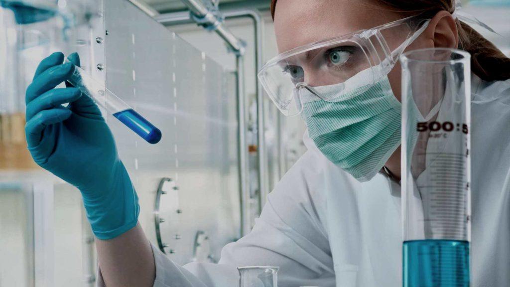 Чтобы описать свойства и точный состав химического вещества в паспорте, нужно провести лабораторные испытания