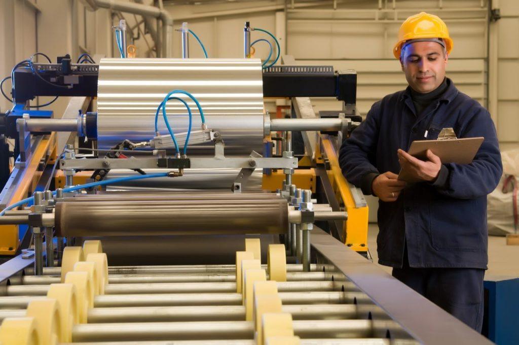 Инспекционный контроль включает оценки всех производственных процессов на предприятии