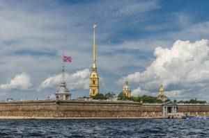 Потерянная флагшточная башня Петропавловской крепости вернулась на место после исправления кадастровой ошибки!
