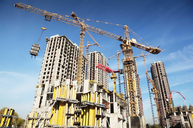 На основании проекта будут вести все работы на объекте, от подвоза техники и стройматериалов до возведения конструкций и отделки.