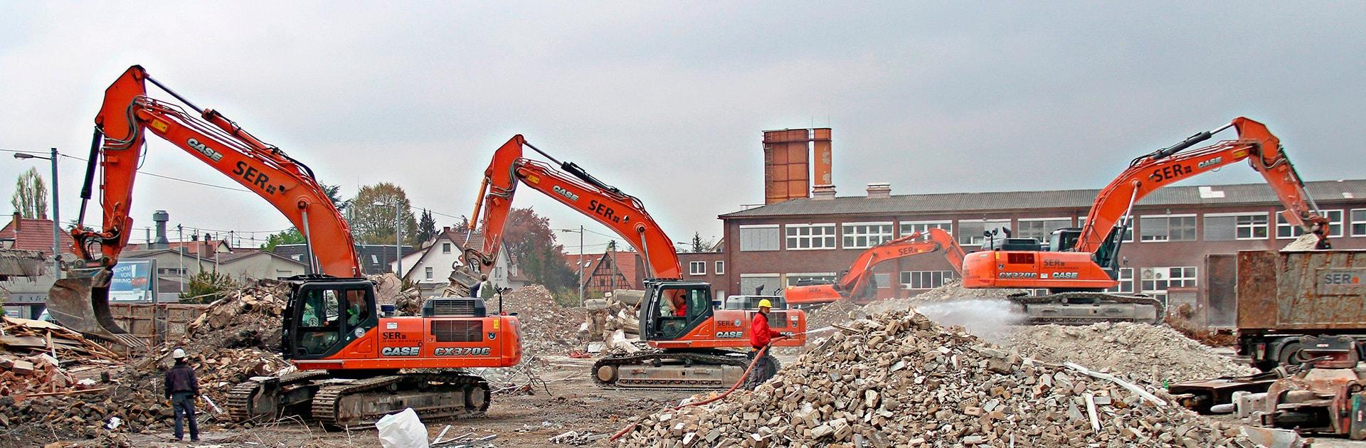 Для демонтажа и сноса здания также оформляется проект. Это нужно, чтобы обеспечить безопасность работ.