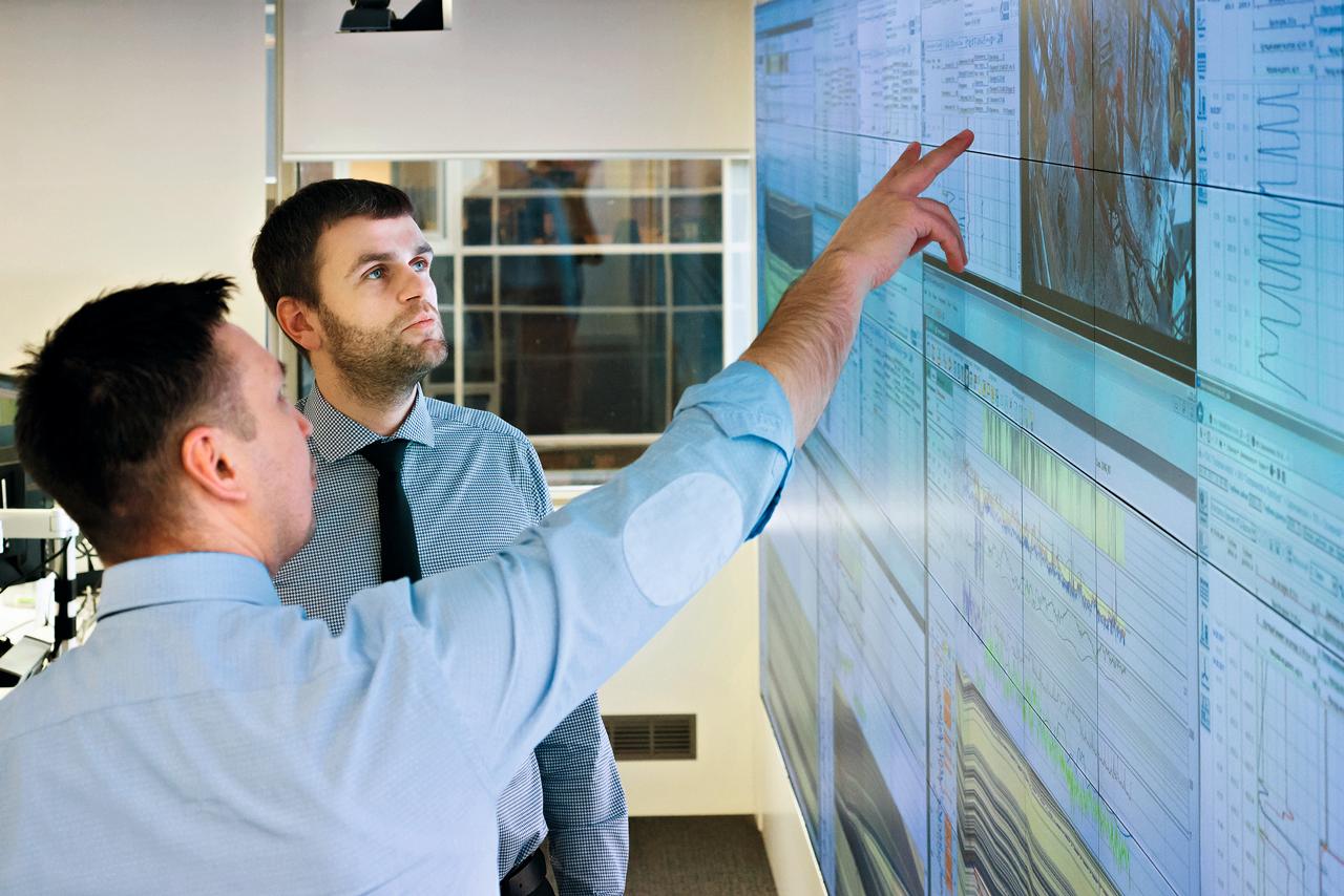 Для подготовки к сертификации обычно проводится независимый аудит по всем направлениям энергопотребления и энергосбережения.