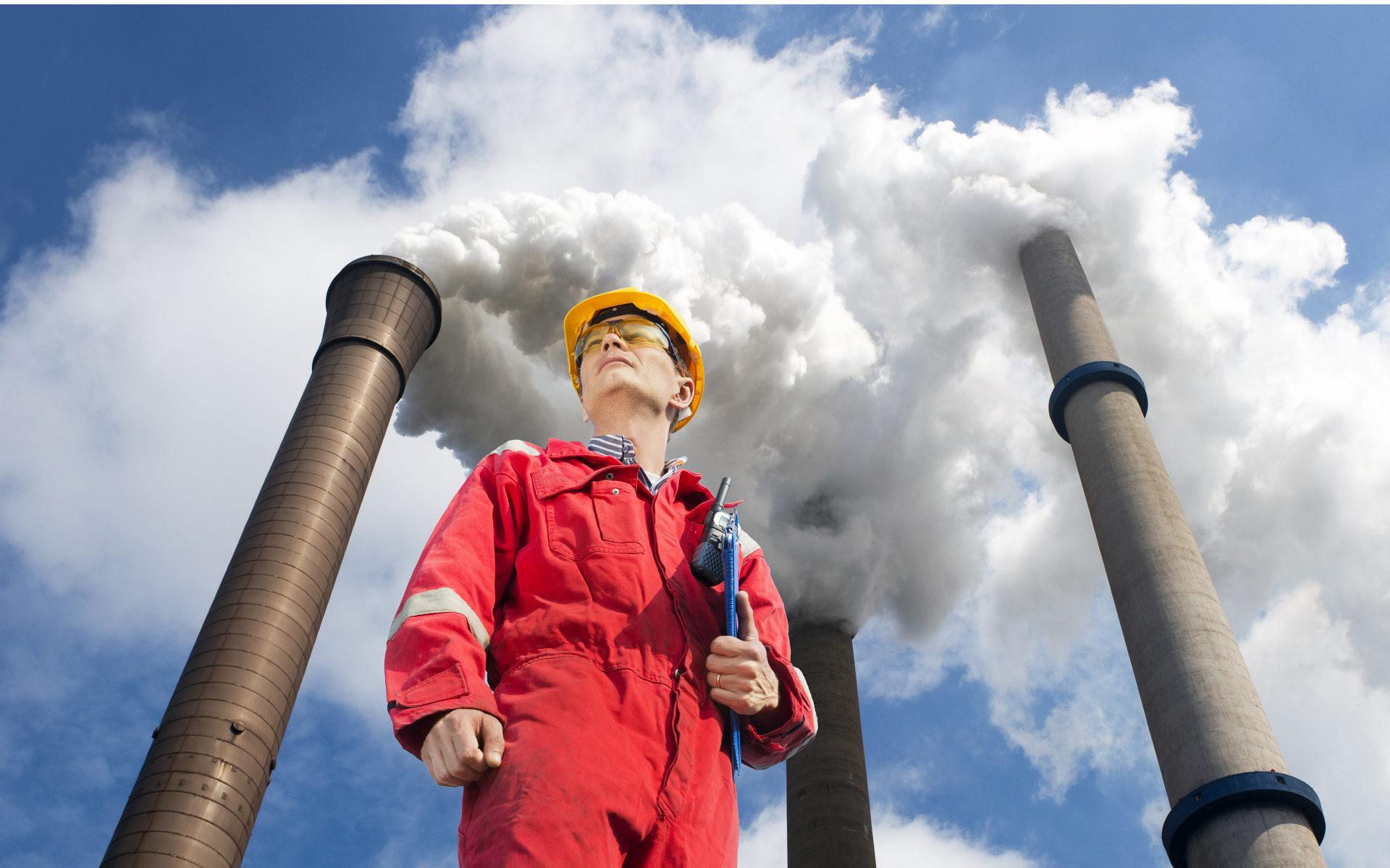 Сертификационный аудит предусматривает выезд на предприятие, изучение всех производственных процессов. Обязательно проводятся замеры по показателям потенциально опасных и вредных выбросов.